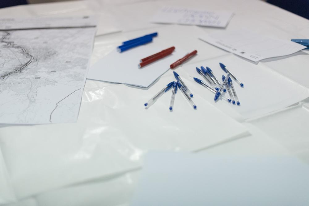 I materiali di lavoro presenti ad ogni tavolo di co-progettazione